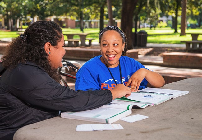 UF offers more than 40 certicate programs